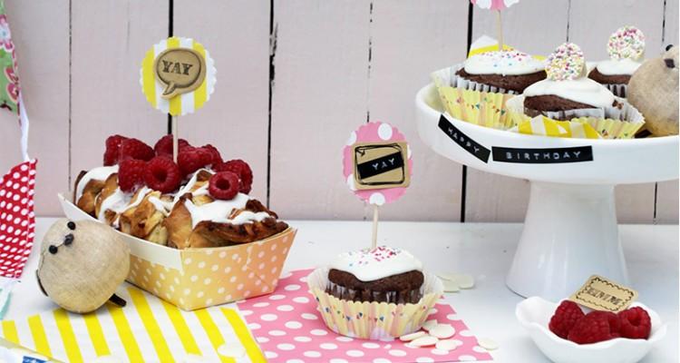muffins und minikuchen zum kindergeburtstag sch n bei. Black Bedroom Furniture Sets. Home Design Ideas