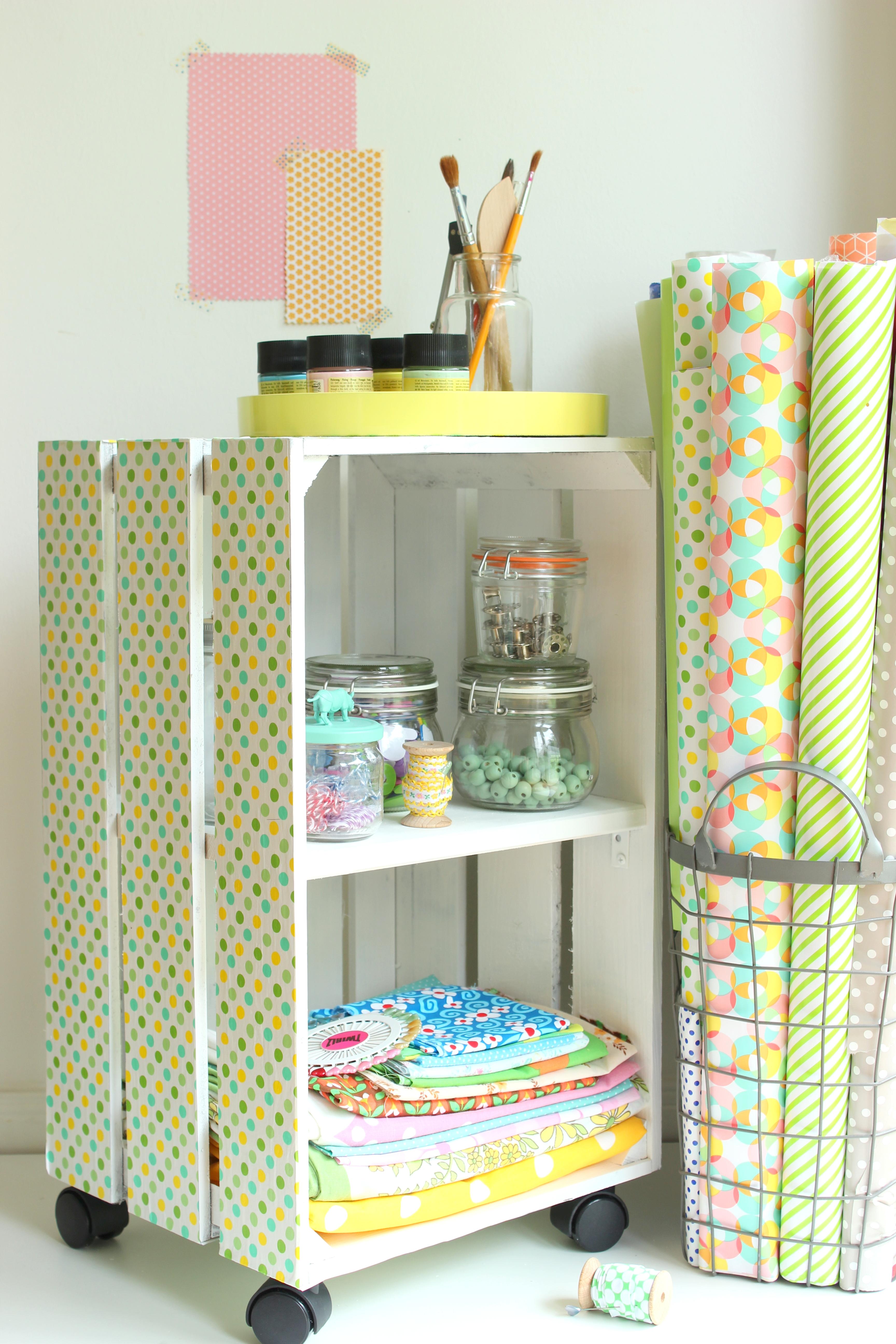aus einer holzkiste wird ein regal sch n bei dir by depot. Black Bedroom Furniture Sets. Home Design Ideas