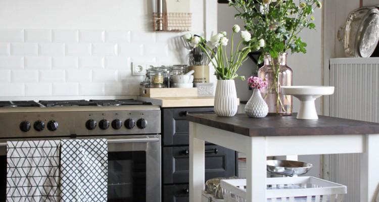zu besuch bei bloggerin mona sch n bei dir powered by depot. Black Bedroom Furniture Sets. Home Design Ideas