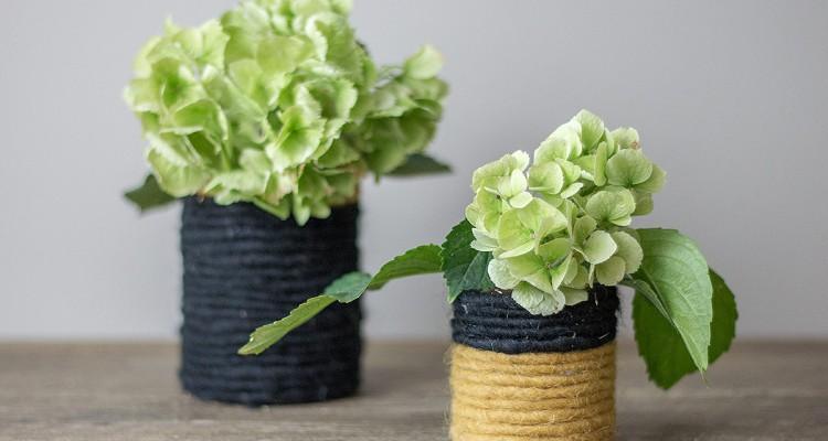 DIY Blumenvase mit Hortensie bestückt
