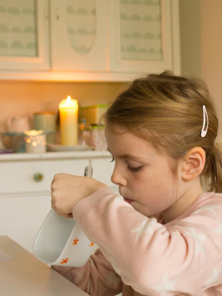 Adventskranz mit Kindern gestalten