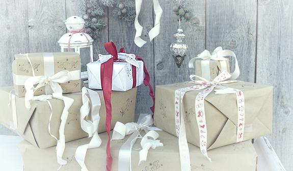 Weihnachtsgeschenke liebevoll verpacken 34