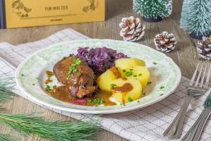 Rinderrouladen mit Rotkohl nach Tim Mälzer