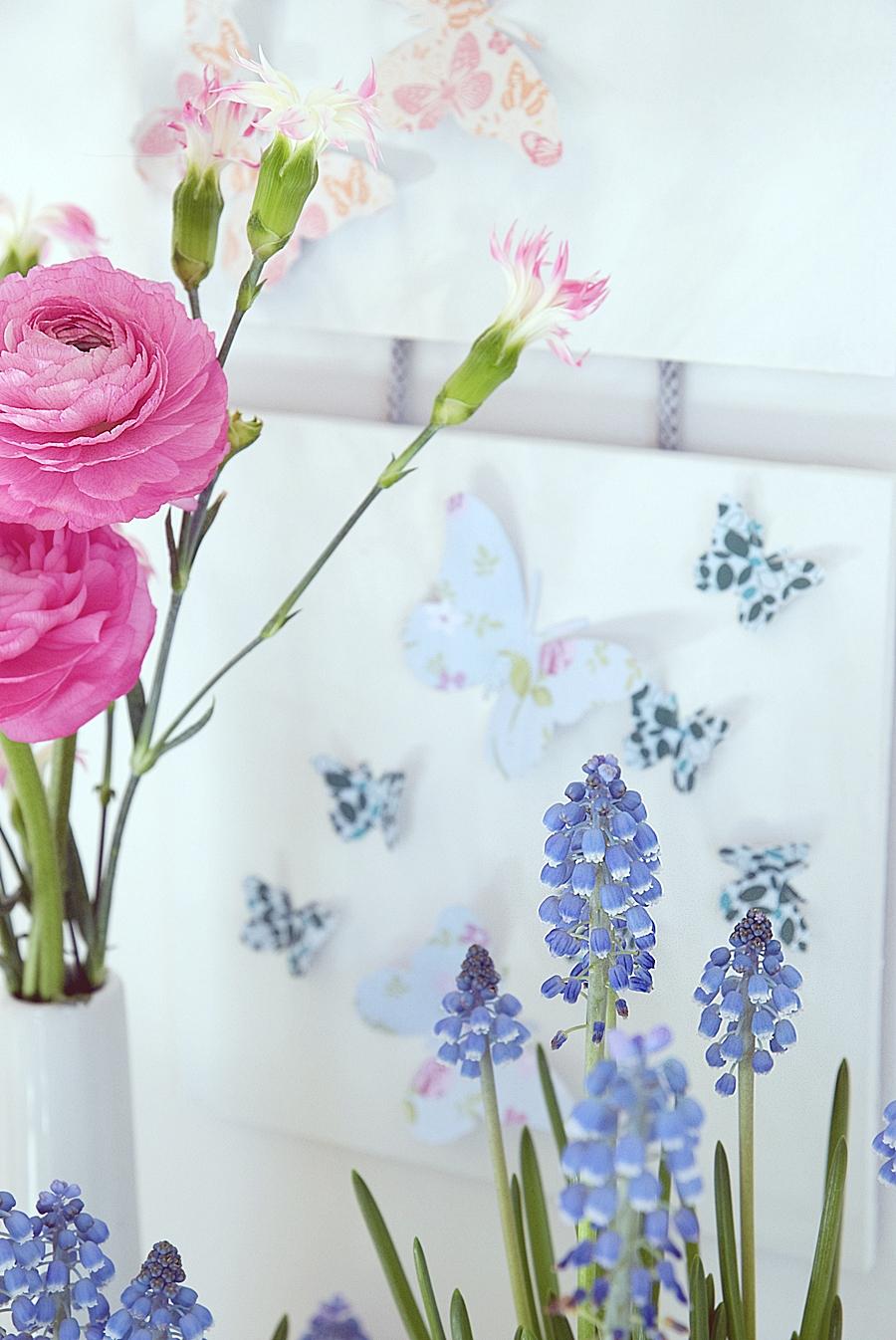 DIY-Wanddekoration-mit-Schmetterlingen 23