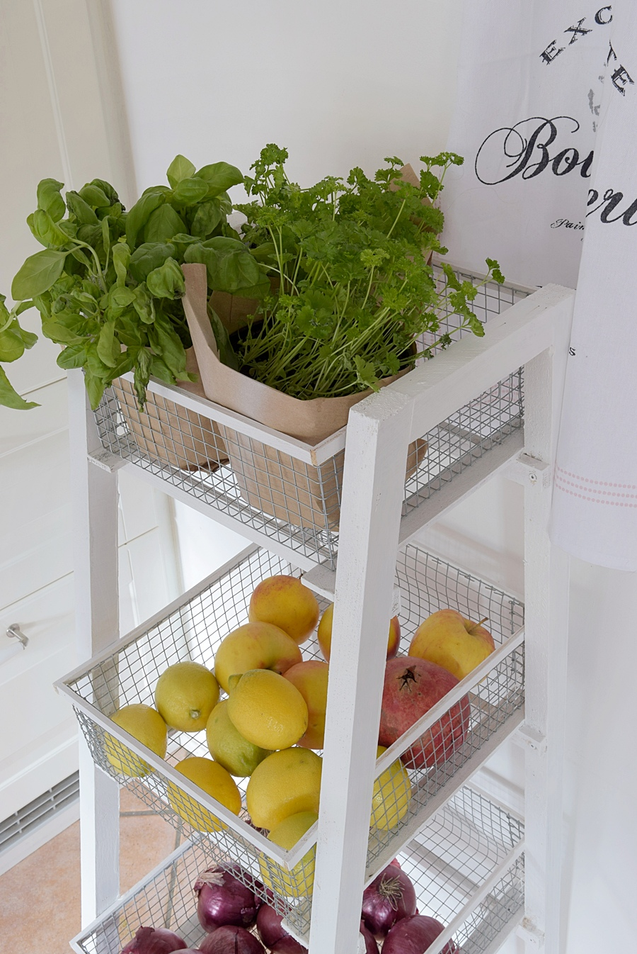 DIY Deko und Küchenregal