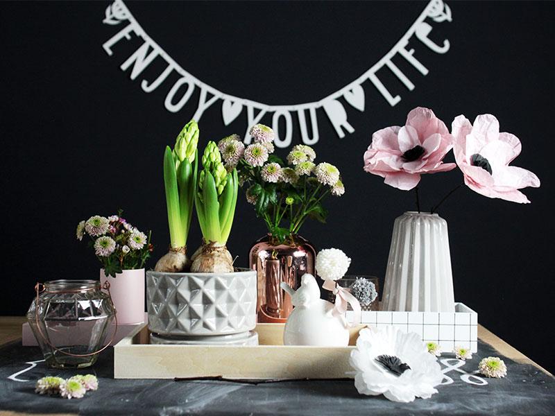 Frühlingsdeko-mit-DIY-Blumen