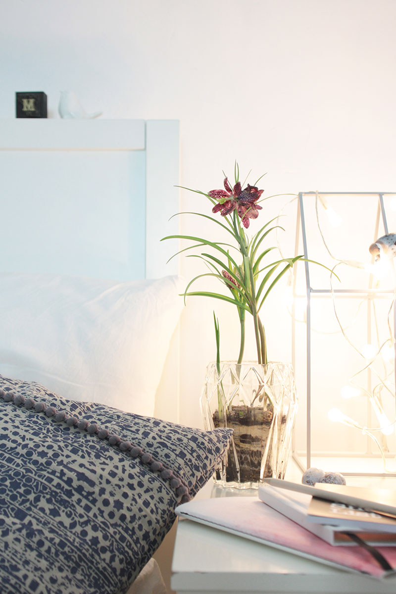 fr hlingsdeko im schlafzimmer diy kissenbezug sch n bei dir by depot. Black Bedroom Furniture Sets. Home Design Ideas