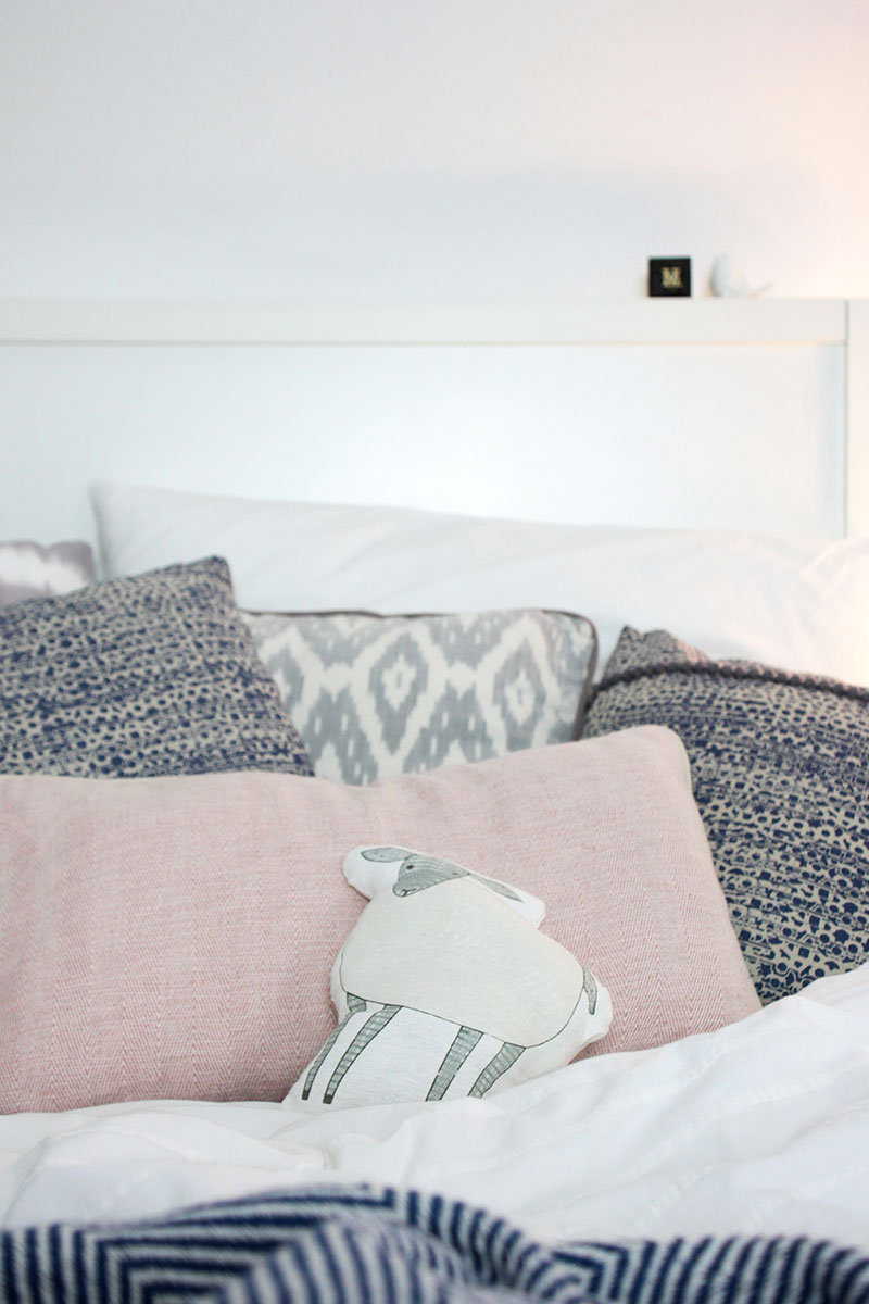 Kuschelige-Kissen-fürs-Schlafzimmer