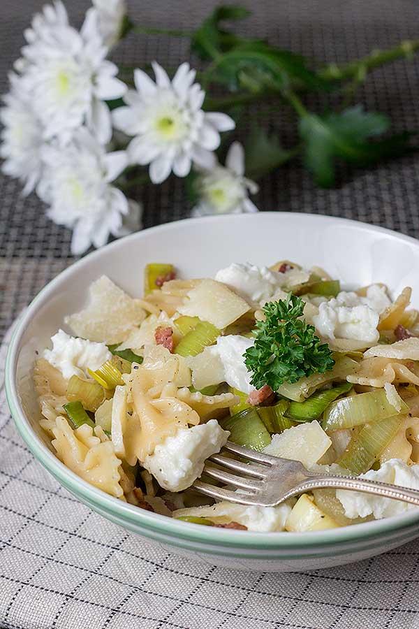 Pasta-mit-Lauch-Speck-und-Ricotta