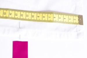 DIY Aus Tischlaeufer wird Stuhlhusse (5 von 30)