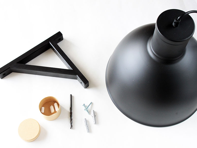 Material-DIY-Wandlampe