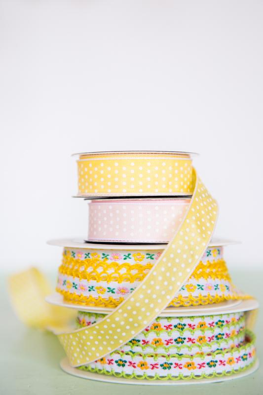 Ostereier mit Bändern gestalten (1)