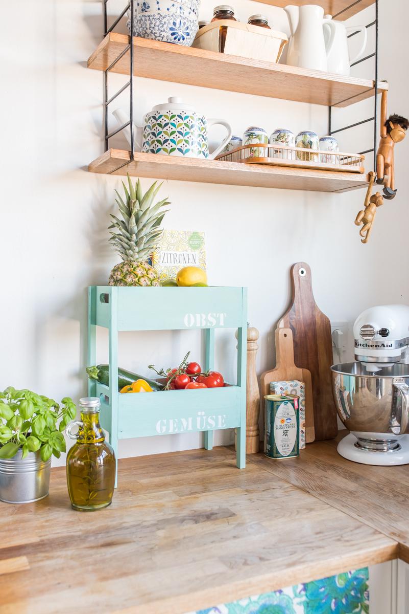DIY Etagere für Obst und Gemüse als Aufbewahrung für die Küche im shabby Look
