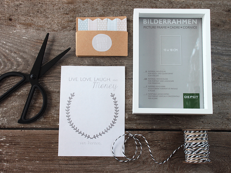 Geldgeschenk-zur-Hochzeit-im-Bilderrahmen