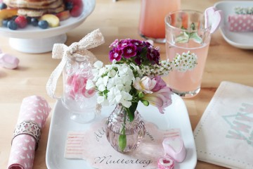 BB_Romantische-Tischdeko-zum-Muttertag