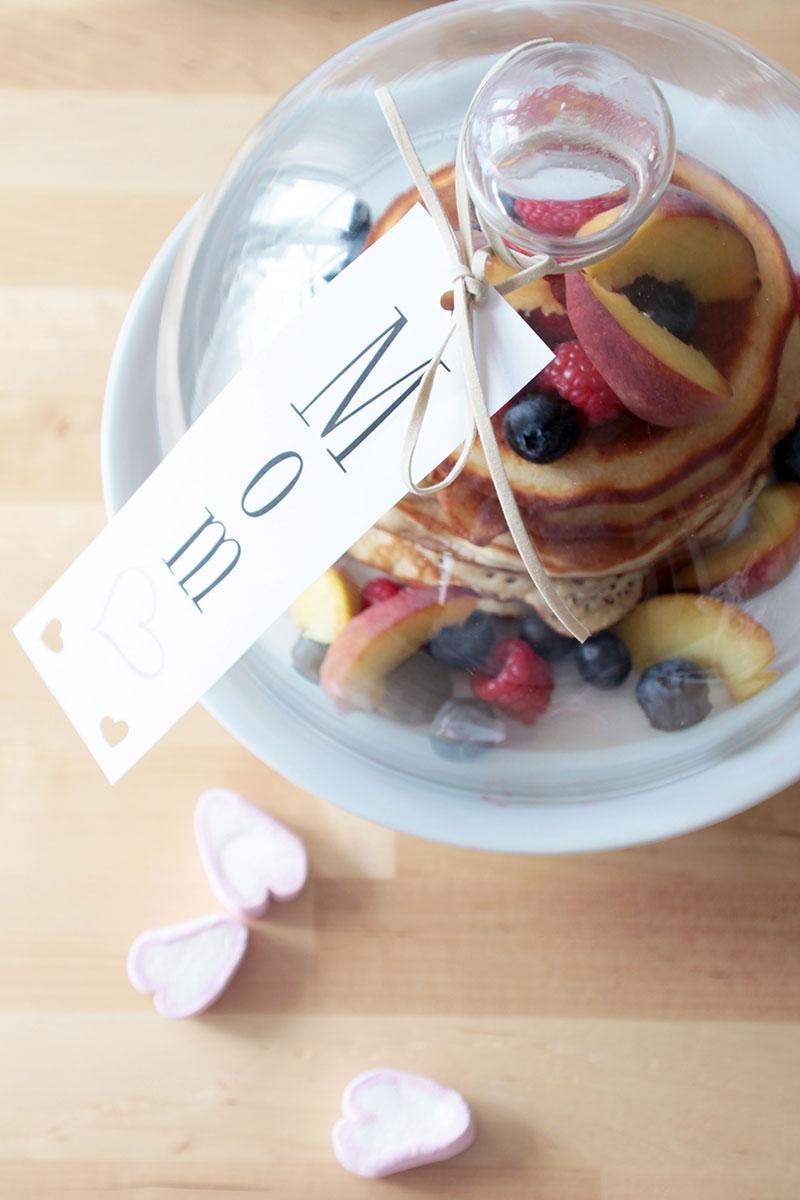 Pancakes-zum-Muttertagsfrühstück