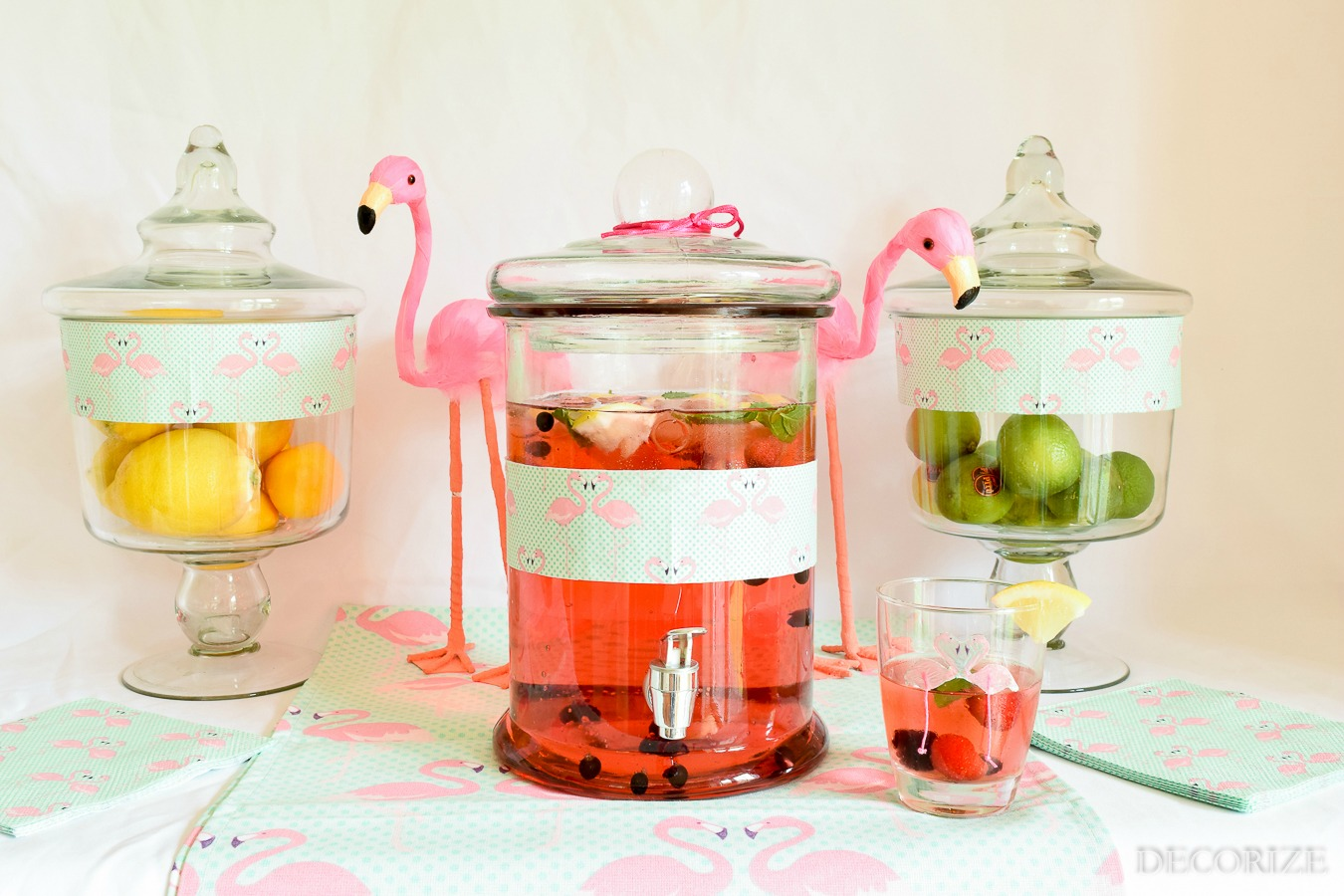 pink-lemonade-flamingo-3341