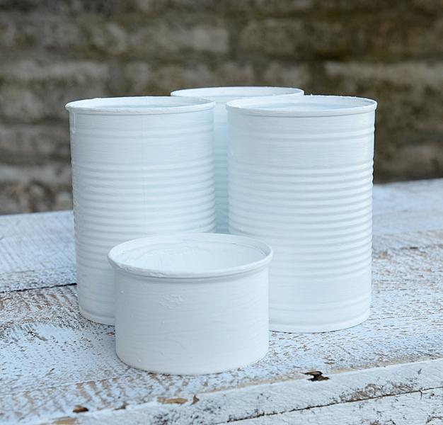 Vasen-aus-dosen-basteln-und-mit-miniquasten-von-depot-verzieren 5k