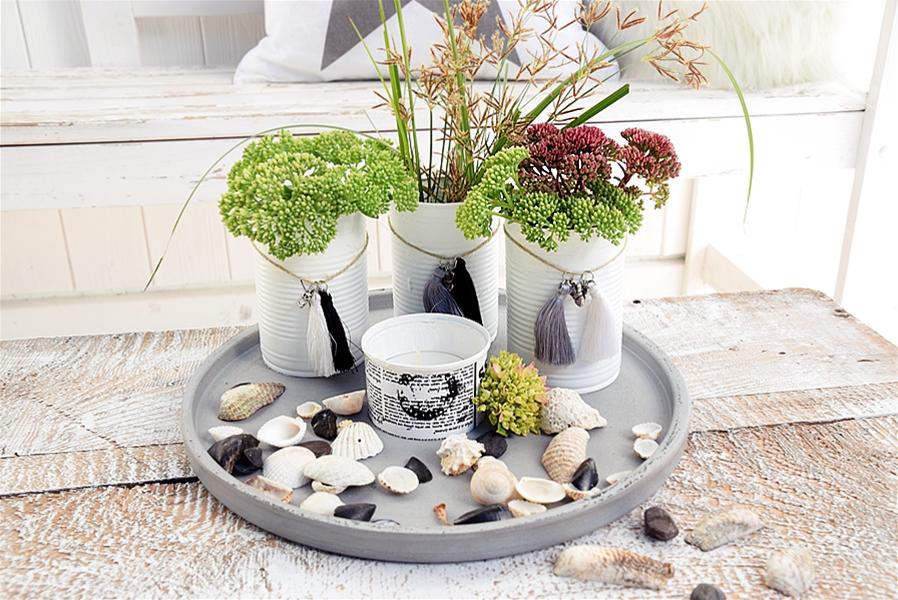 diy vasen mit miniquasten von depot verzieren sch n. Black Bedroom Furniture Sets. Home Design Ideas
