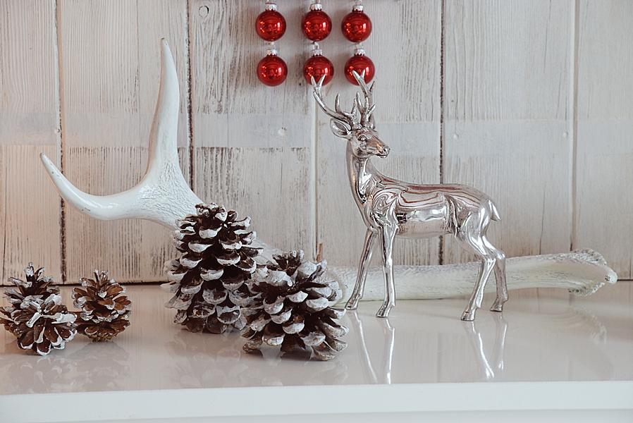 xmas-diy-hirsch-aus-weihnachtskugeln-3k