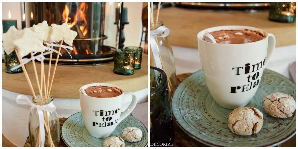 gemütliche-kaminstunden-mit-weihnachtskissen-kakao