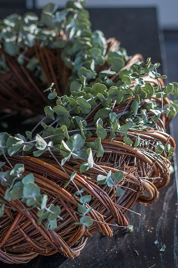 Weidenkranz mit Eukalyptus