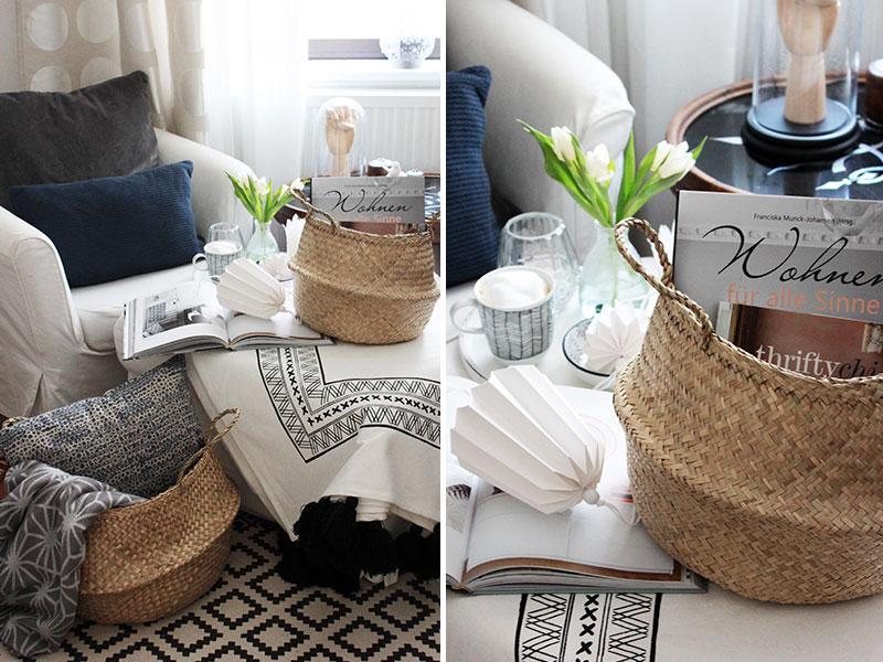 Bücher-und-Decken-in-Körben-aufbewahren
