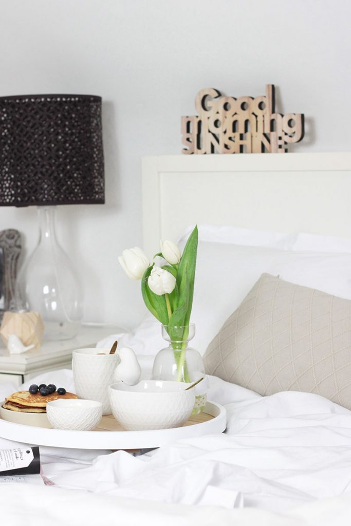 Frühstück-im-Schlafzimmer