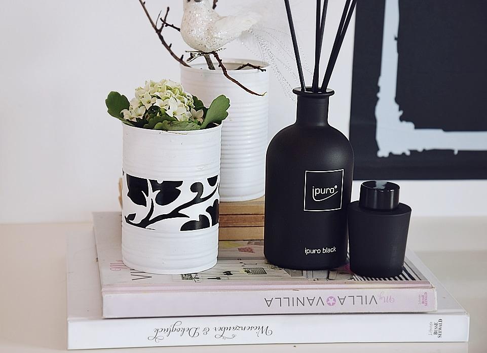wohntrend schwarz wei look sch n bei dir by depot. Black Bedroom Furniture Sets. Home Design Ideas