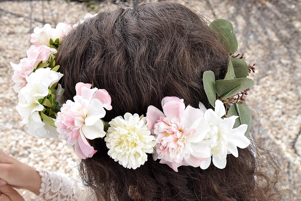 DIY-blumenkranz-aus-kunstblumen 20k-min