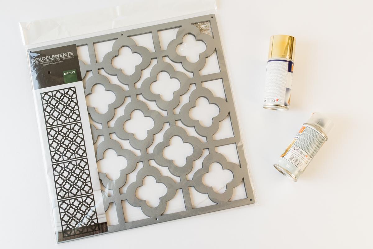 Selbst lackierte Deko Elemente von DEPOT als Wanddeko für den Flur im orientalischen Look