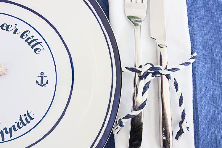 DEPOT Maritim gedeckter Tisch (10 von 23)