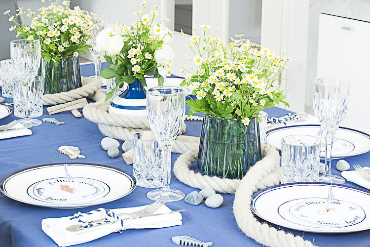 DEPOT Maritim gedeckter Tisch (2 von 14)