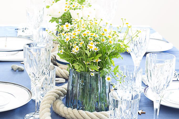DEPOT Maritim gedeckter Tisch (5 von 23)