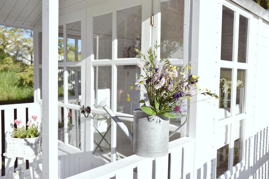 romantische deko f r den garten sch n bei dir by depot. Black Bedroom Furniture Sets. Home Design Ideas