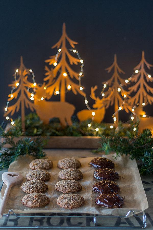 Nürnberger Elisenlebkuchen mit Schokoladenguss
