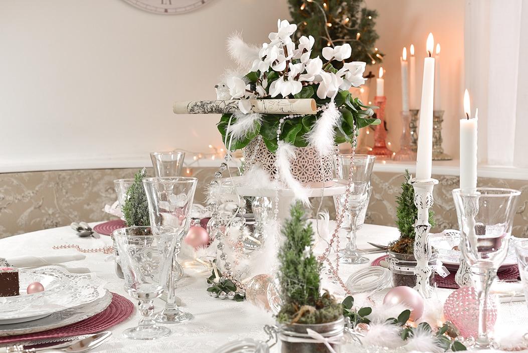 tipps f r eine festliche tischdeko zu weihnachten. Black Bedroom Furniture Sets. Home Design Ideas