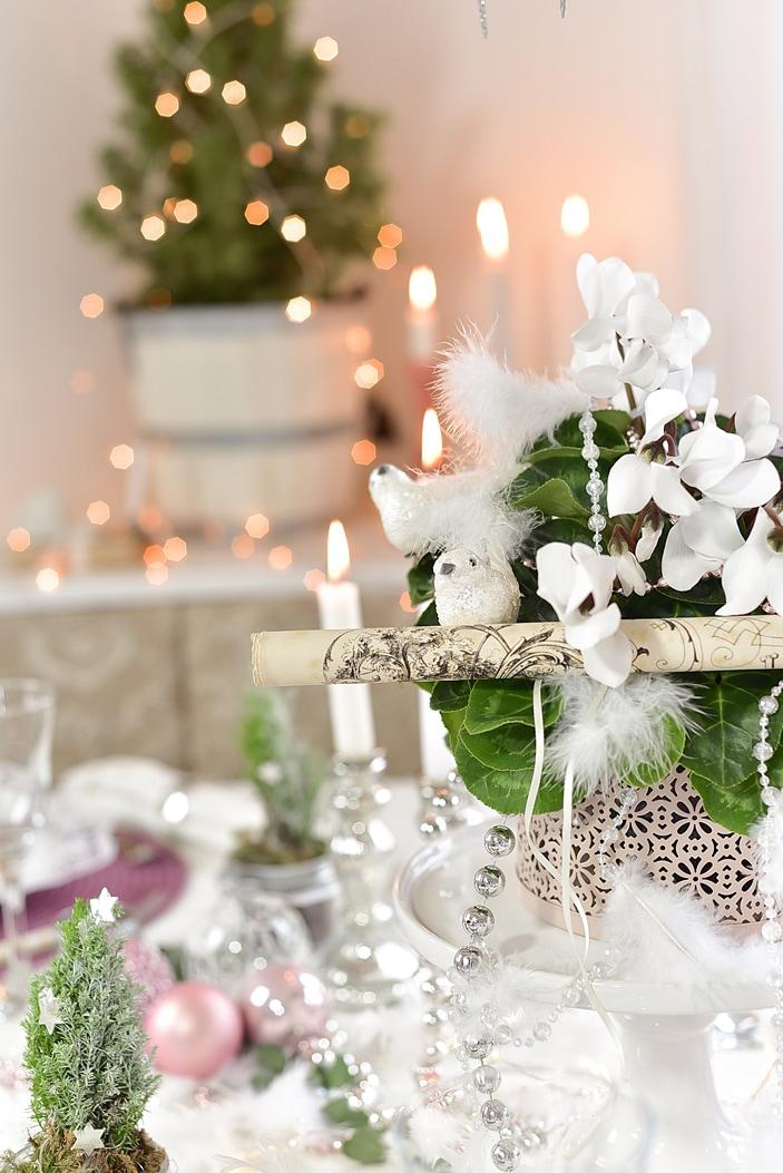 tipps-fuer-eine-weihnachtliche-tischdeko 21k-min