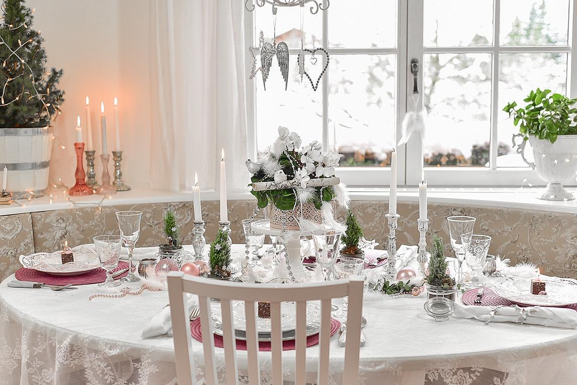 tipps fuer eine weihnachtliche tischdeko 4k min sch n bei dir by depot. Black Bedroom Furniture Sets. Home Design Ideas
