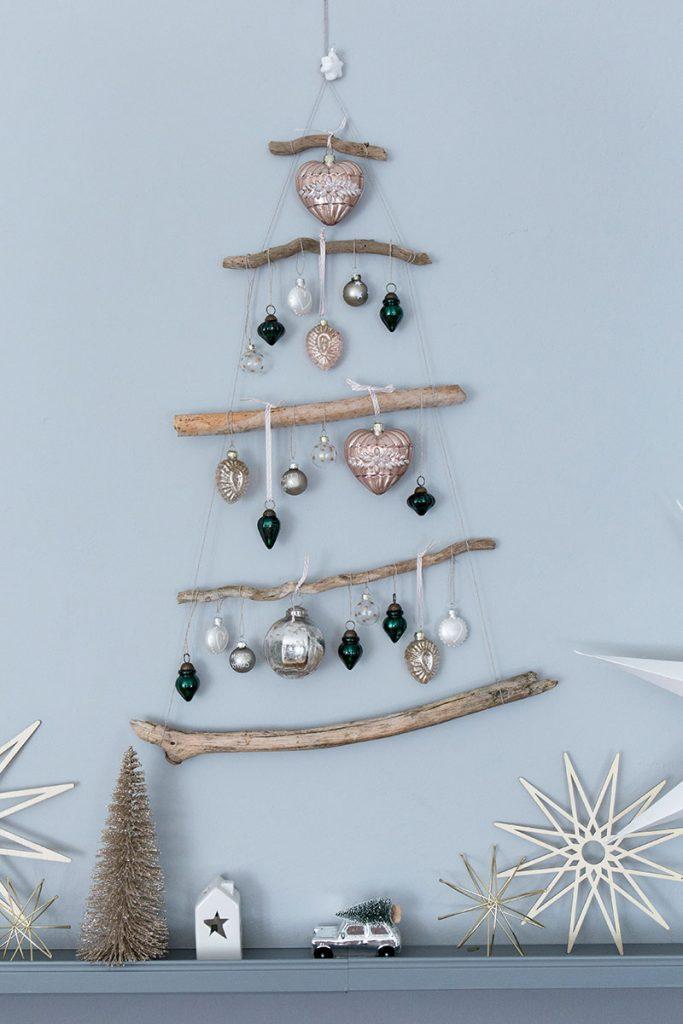 DIY-Weihnachtsbaum-aus-Ästen