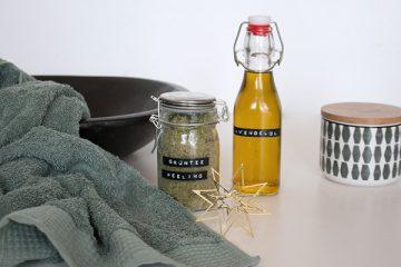 Selbstgemachtes Peeling und Körperöl eigenen sich auch super zum Verschenken.