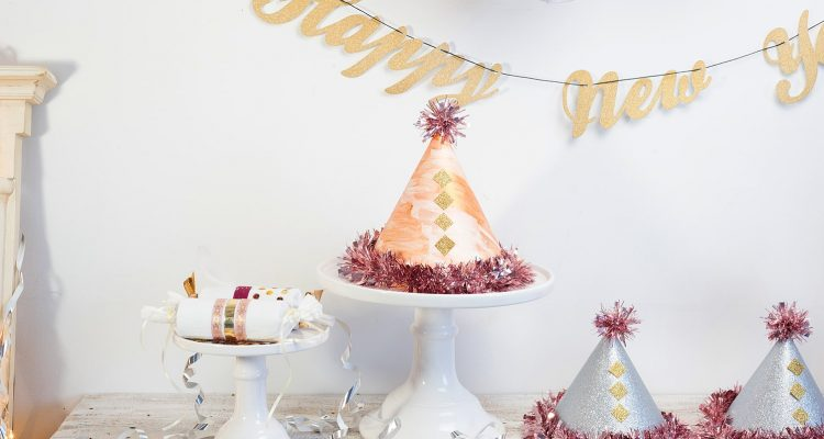 Silvesterdeko - Partyhut & Knallbonbons selber machen