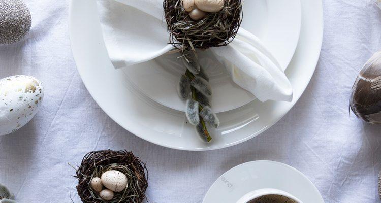 Tischdeko An Ostern In Naturtonen Schlicht Und Elegant