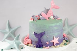 Farbenfroher Mermaid Cake