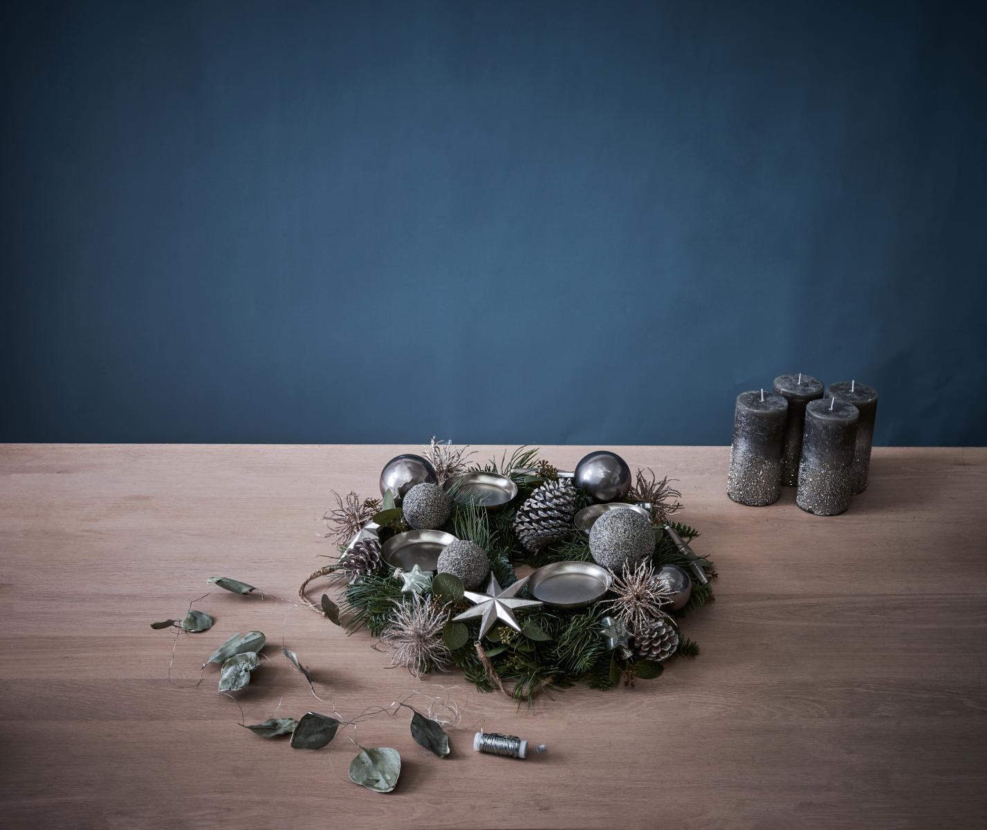 adventskranz leicht gemacht der glamour se sch n bei dir by depot. Black Bedroom Furniture Sets. Home Design Ideas