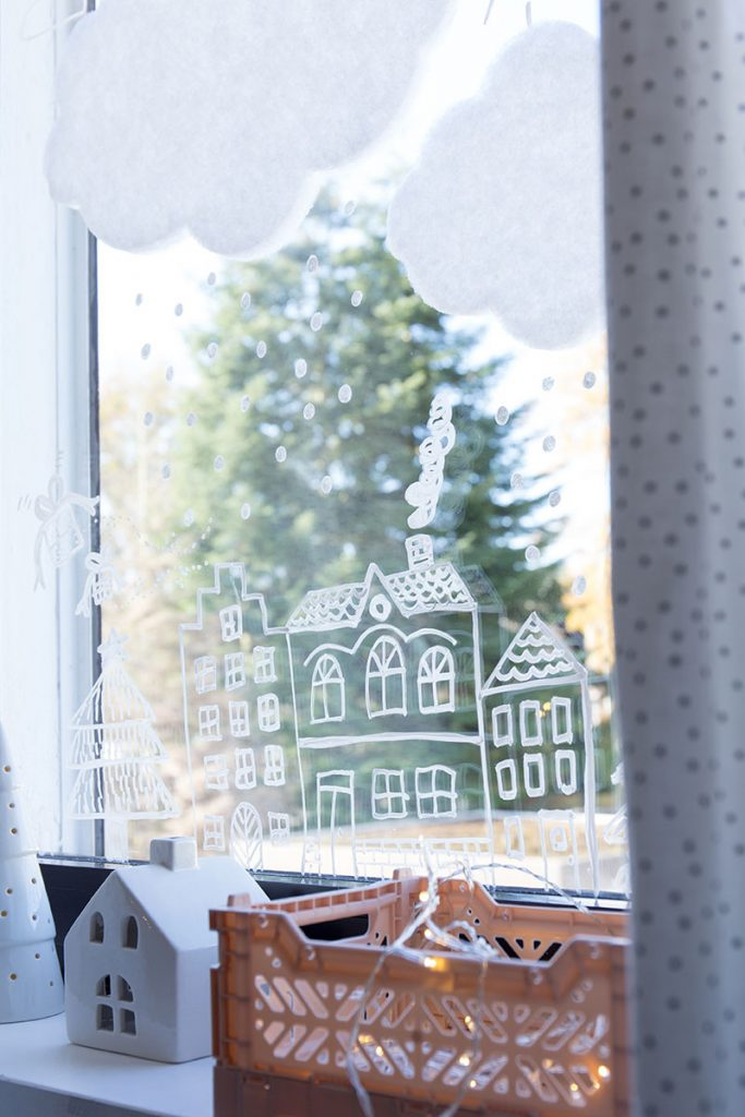 fensterdeko-fuer-weihnachten-im-kinderzimmer