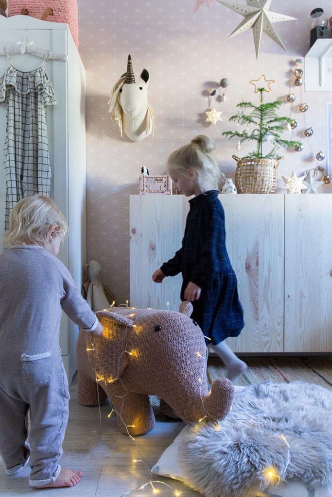 schoene-weihnachtszeit-mit-kindern