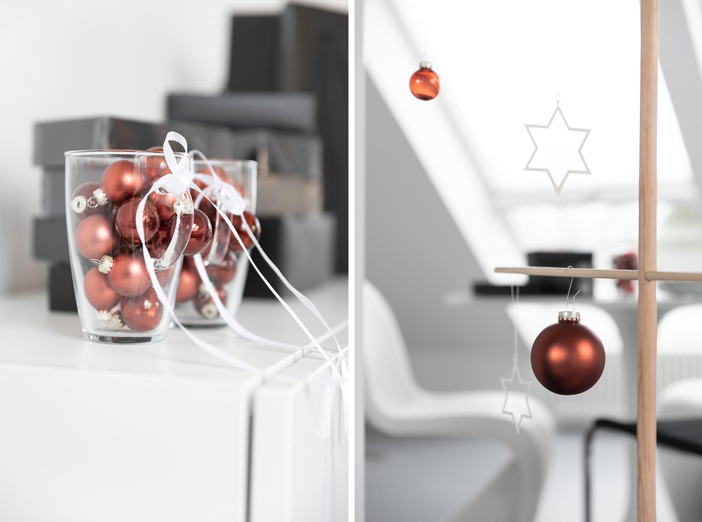 Weihnachtsschmuck für den stilisierten Weihnachtsbaum aus Holz