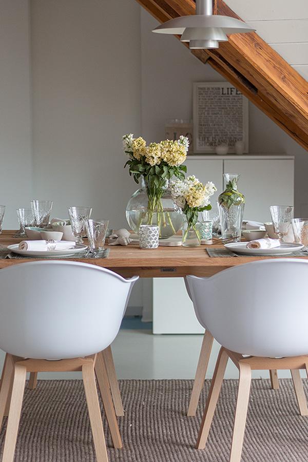 Frühlingshafte Tischdeko zum Spargelessen