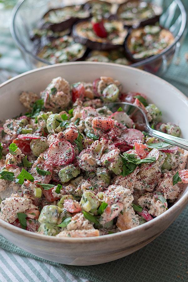 Levante Küche - Fattoush (orientalischer Salat mit Fladenbrot)
